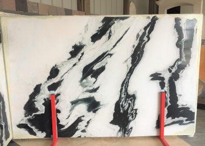Panda - Quartzite